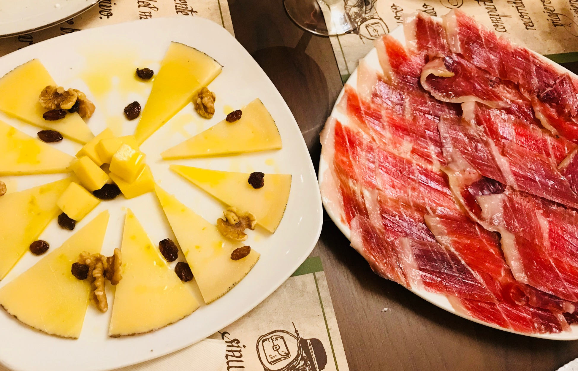 Jamón ibérico y queso de calidad